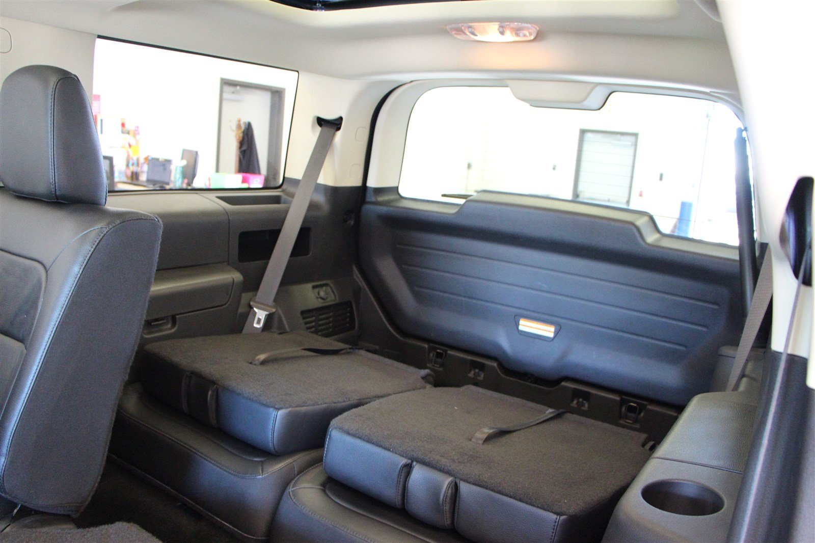 pre owned 2015 ford flex sel fwd 3rd row seating reverse camera sunroof suv in regina 87220a. Black Bedroom Furniture Sets. Home Design Ideas
